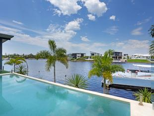 A Symphony of Modern Waterfront Style - Pelican Waters