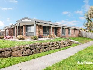 SAVOUR THE SERENITY IN THIS HOME - Cranbourne East