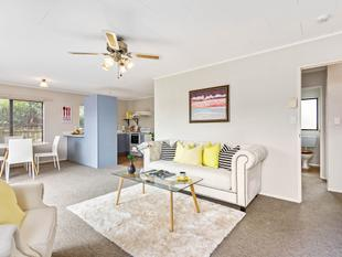 White Picket Fence - Great Location! - Randwick Park