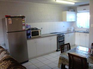 FURNISHED NEAT AND TIDY 2 AIR-CONDITIONED BEDROOM UNIT IN CBD - Mackay