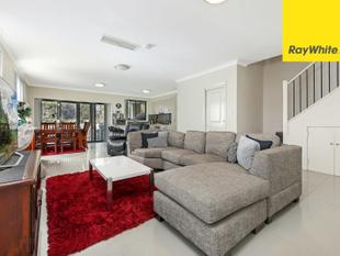 SPACIOUS HOME IN HILL TOP AREA - Merrylands