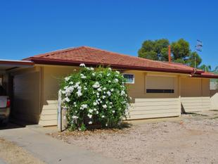 Two Living Areas, Above Average Throughout - Renmark