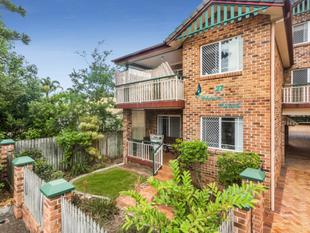Price Reduced for Immediate Sale! Walk To Everything - Aspley
