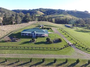 """""""Tookawhile"""" 82 acres - great home - Great Property - Woodenbong"""
