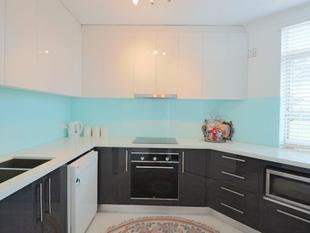 Fully Renovated Apartment - Liverpool