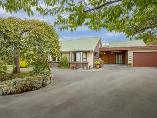 Character and Class in Prime Location - Tirohanga
