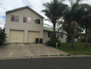 Spacious Two Storey Home in the Heights - Singleton