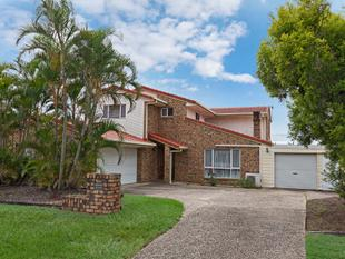Large Highset home - Great Location! - Middle Park
