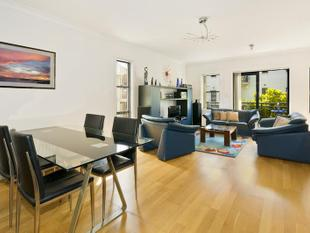 RESORT STYLE TOWNHOUSE - Lane Cove
