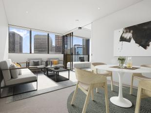 Luxury cosmopolitan living with every convenience - North Sydney