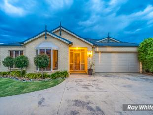 Walking Distance to Tarneit Train Station and Tarneit Central on a 760m Block! - Tarneit