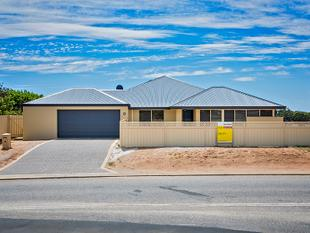 Massive Central Home, 2000sqm Block! - Geraldton