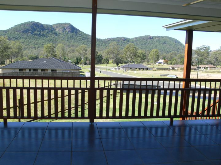 24 Jelica Place, Esk, QLD