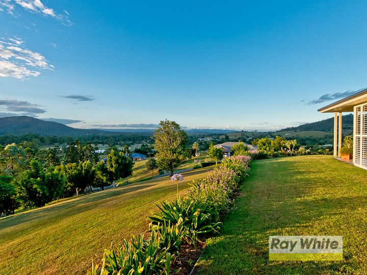4 Blake Court, Mount Samson, QLD
