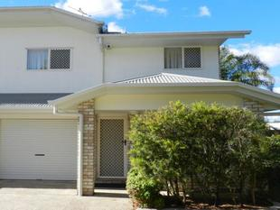 QUALITY TOWNHOUSE - DESIRED COMPLEX - Eagleby