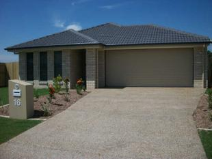 "Interest Rates? Great!!    Modern Home? Great!!    Everything?"" Is Great Here!! - Caboolture"