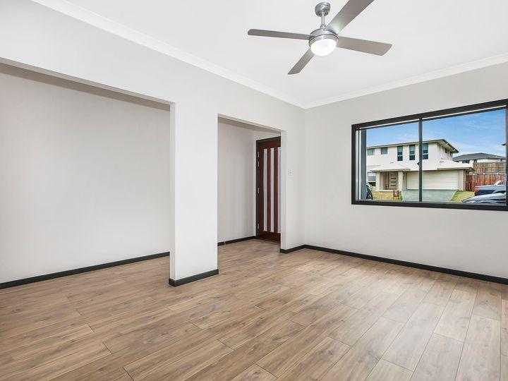 21 Mac Street, Bridgeman Downs, QLD