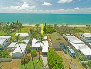 Absolute Pacific Ocean frontage - Blue Chip Lifestyle Investment! - Bangalee