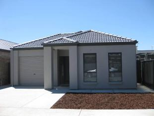 MODERN WELL MAINTAINED PROPERTY - Largs Bay