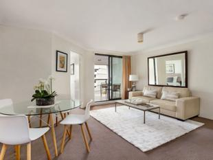 Sunny One Bedroom Apartment - Surry Hills