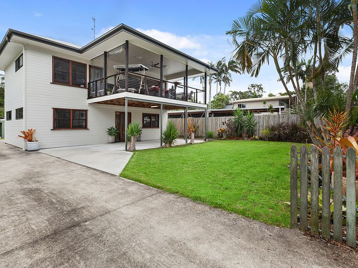 30 Pines Avenue, Cooroibah, QLD