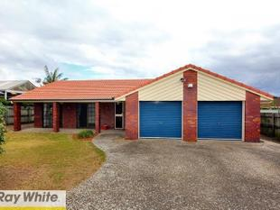 GREAT SIZE 4 BEDROOM FAMILY HOME IN GREAT LOCATION WITH 1 WEEKS FREE RENT - Sunnybank Hills