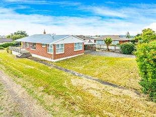 Live or Develop on 1017m2 Site - Howick