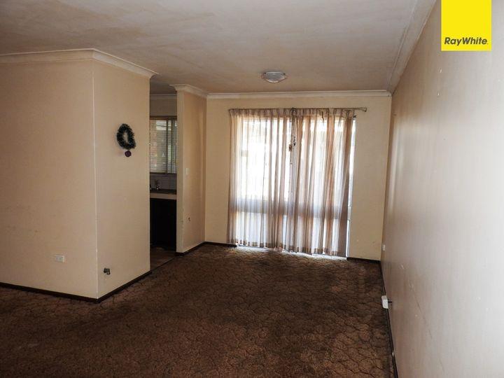 1 Beechcroft Place, Camillo, WA
