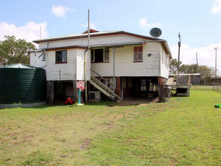 21 Leichhardt Street, Monto, QLD
