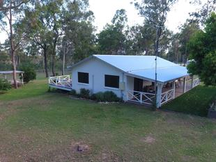 Patanga  40 Acres  Great Lifestyle ! - Mount Hallen