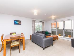 Spacious Freehold Unit Title + Car park - Eden Terrace