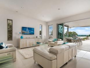 ENTERTAINER'S DREAM WITH COASTAL & HINTERLAND VIEWS - Buderim