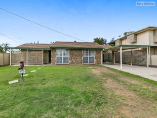 In-Ground Pool, Large Block And Very Spacious Home! ! ! - Redbank Plains