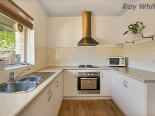 Lifestyle On Your Doorstep PRICE REDUCED! - Goodwood