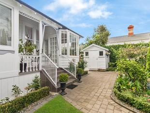 Set Yourself Up in St Vincent - Remuera