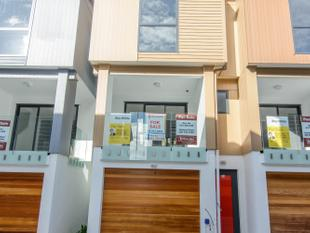Excellent Location, Brand New & Affordable - Albany