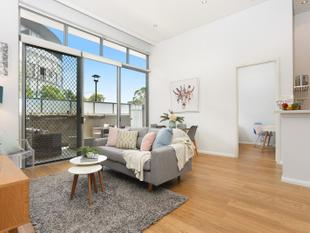Private and Peaceful with Large Entertaining Terrace - Rosebery