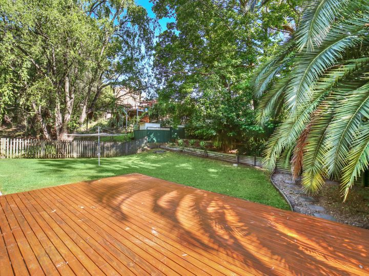 4 Sage Place, Point Clare, NSW
