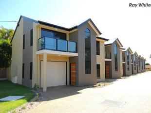 Modern Townhouse in a Great Location - Torquay