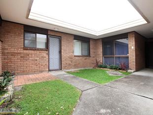Great Unit Opportunity! - Forster