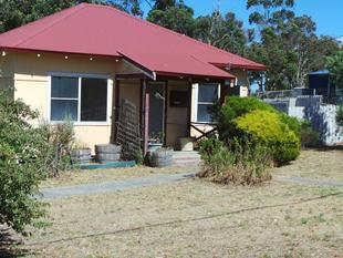 Cottage on a large 2004m2 - Mount Barker