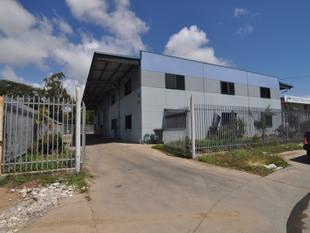 Modern, High Clearance Warehouse with oil seperator/wash down - Aitkenvale - Aitkenvale