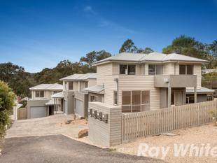 Brand New and Walking Distance to Everything. - Hurstbridge