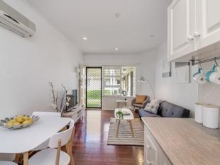 Outstanding 1 Bedroom Unit in Gated Community Group - Collinswood