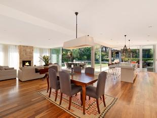 An exclusive harbourside address, 1,050sqm of level resort-like landscaped grounds - Clontarf