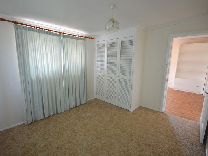 60 Lachlan Street, Cowra, NSW