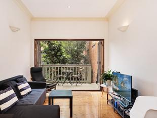Spacious Four Bedroom Terrace with Courtyard - Surry Hills