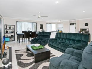 Massive Block - Family Living with Modern Convenience! - Marsden