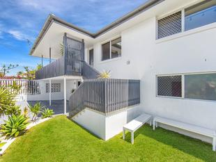 Stunning Renovated Residence with Plenty of Wow Factor! - Chermside West