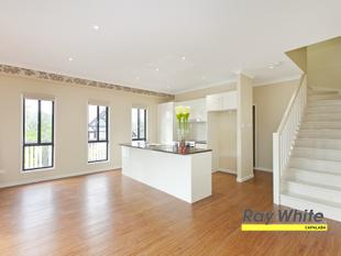 Stylish Modern spacious Duplex! - Cornubia